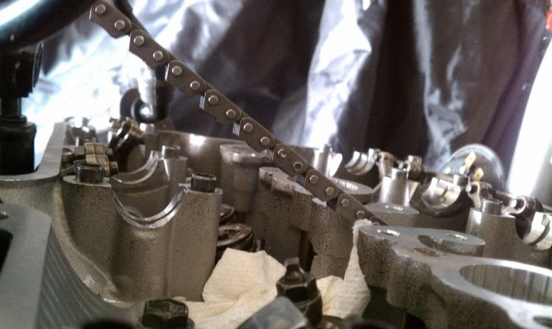 Cam-chain-replacement-on-suzuki-gsf1200-bandit 11 finished.jpg