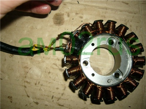 Honda CB-1 (CB400) Alternator Repair 14dac2a9dd60.jpg